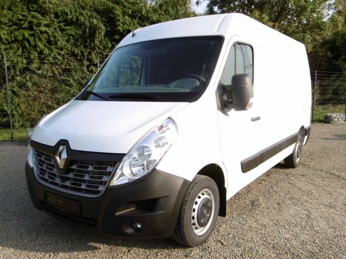Renault Master Fourgon L2H2 3.3T 2.3 dCi 130 Confort